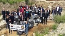 SINOP ÜNIVERSITESI - Tarihi Alanda Bir Kamyon Çöp Toplandı