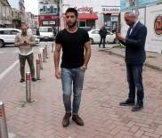 YALIN - Tramvayda Ayakkabısını Veren Genç Konuştu