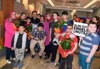 TUZLA BELEDİYESİ - Tuzla'nın Özel Çocukları, Engelliler Haftası'nda Resim Sergisi Açtı