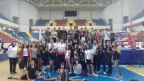KUNG FU - 1 Şampiyona 11 Madalya