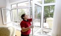 SAÇ KESİMİ - Çankaya Belediyesi'nden 3 Bin 83 Haneye Evde Bakım Hizmeti