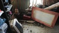 Doğubayazıt'ta Yağmur Nedeniyle Bir Evin Duvarı Çöktü