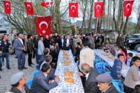 SİHİRBAZLIK - Gürpınar Belediyesinden 'Kardeşlik' Sofrası