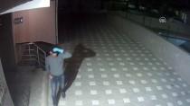 Hırsızın Su Borusundan Daireye Tırmanması Kamerada