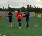 AMATÖR KÜME - Kayserisporlu Genç Futbolcu PSG Kampında Antrenmana Çıktı