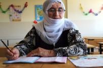 Kur'an Aşkıyla 70 Yaşında Okuma Yazma Öğrendi