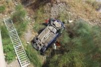Polis Memurunun Kullandığı Otomobil Köprüden Uçtu