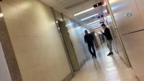 MEYDAN DAYAĞI - Sokak Ortasında Karısın Döven Şahıs Serbest Bırakıldı