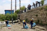 BALIK TÜRÜ - Tuşba Belediyesinden İnci Kefali İçin Temizlik Çalışması