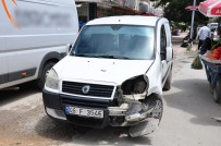 TEMİZLİK İŞÇİSİ - Zincirleme Kaza Kamerada