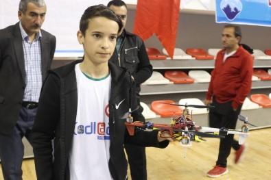 Ağrılı Öğrenci TSK İçin Türkiye'de İlk Kodlamalı 'Drone' Üretti