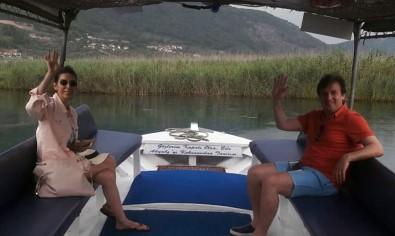 Ali Gülkiten Akyaka'da Sezonun Yorgunluğunu Atıyor