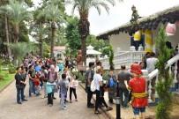 OYUNCAK MÜZESİ - Anadolu Oyuncak Müzesi'ne ziyaretçi akını