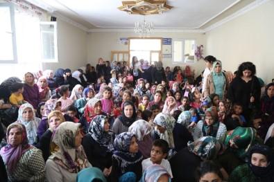 Ayşe Ekinci, Eyyübiyeli Kadınlarla Toplantı Yaptı