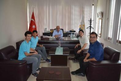 Başkan Karaçelik, Başarılı Öğrencileri Ödüllendirdi