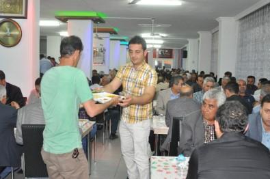 Başkan Özdemir Belediye Personeliyle İftarda Buluştu