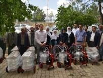 Büyükşehir, Üreticiye Süt Sağım Makineleri Dağıttı