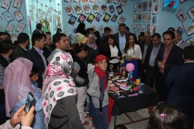 Çaldıran'da 'Veliyiz Okuldayız' Projesi