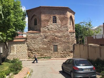 Fatih'te 1700 Yıllık Pagan Mezarlığı Bulundu