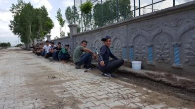 Güroymaklı Öğrenciler Duvarları Resimlerle Donattı