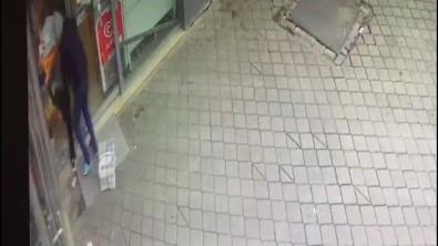 Kahraman Polis Hırsızı Üzerine Atlayıp Yakaladı