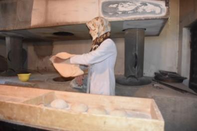 Karı-Koca Sırt Sırta Verdi, Ekmeklerini Ekmekten Çıkarttı