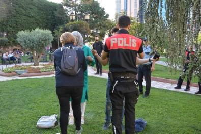 Kocaeli'de Aranması Olan 12 Kişi Yakalandı