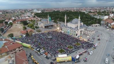 Konya Büyükşehir'den Kardeşlik İftarı