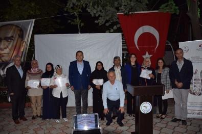 Lapseki'de Okuryazarlık Seferberliğinde Başarılı Olan Kursiyerler Belgelerini Aldı