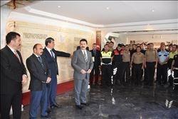Mardin'de Evlenen Ve Çocuğu Olan Polislere Altın