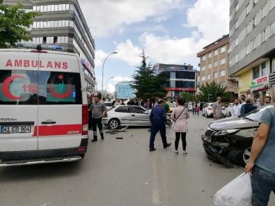 MHP Kocaeli Milletvekili Adayı Kaza Yaptı Açıklaması 2 Yaralı