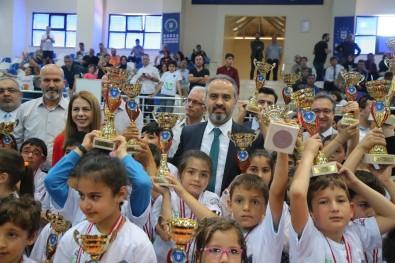Okul Sporları'nda Ödül Heyecanı