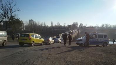 Şahin Açıklaması 'Valilik Köprüleri Trafiğe Kapamada Israrcı'