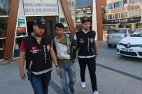 SADAKA - Suç Makinesi 2 Hırsız Çaldıkları Araçla Kaza Yapınca Yakalandı