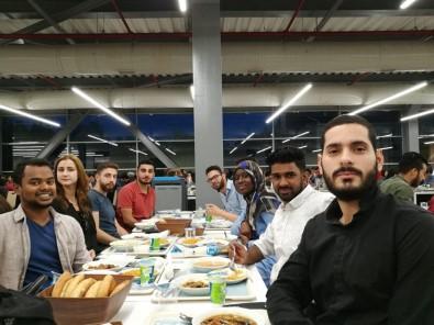 Yabancı Öğrenciler İftarda Buluştu