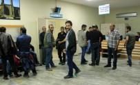 GIDA ZEHİRLENMESİ - Sahurda yedikleri tavuk 2 kişiyi öldürdü 200 kişiyi hastanelik etti