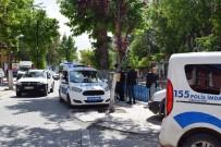 BURAK YILDIRIM - Ambulansla Otomobil Çarpıştı Açıklaması 1 Yaralı