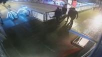 KARADENIZ SAHIL YOLU - Aynı Üst Geçide Şehir Magandaları Tarafından 2. Saldırı