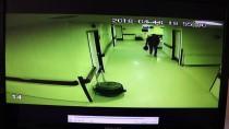 HIRSIZLIK ZANLISI - Camideki Hırsızlık Güvenlik Kamerasında