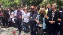 OTURMA EYLEMİ - Cerrahpaşa Tıp Fakültesi'nin İÜ'den Ayrılması