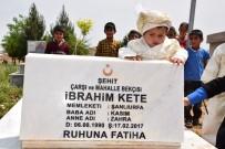 ABDULLAH ERIN - Emniyet Müdürü, Bombalı Saldırıda Şehit Olan Bekçinin Oğluna Kirve Oldu
