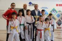 İHLAS KOLEJİ - İhlas Koleji Karatede Madalyaları Topladı