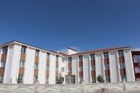 ENGELLİ ASANSÖRÜ - Kırşehir'in İlk Özel Bakım Merkezi Açıldı