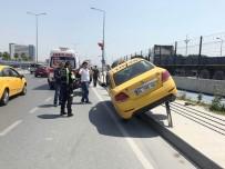 (Özel) Direksiyon Başında Uyuşturucu Kullanan Taksi Sürücüsü Trafiği Birbirine Kattı
