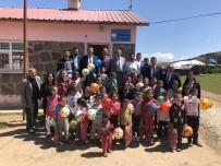 OKUL ZİYARETİ - VEDAŞ, Köy Çocuklarını Sevindirdi