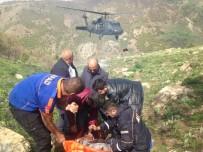 ALI ÖZDEMIR - Arazide Kalp Krizi Geçiren Kişi Askeri Helikopterle Kurtarıldı