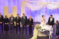 ADALET BAKANI - Başbakan Yardımcısı Şimşek Ve Adalet Bakanı Gül Nişan Törenine Katıldı