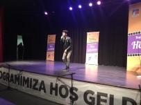 SİNEMA OYUNCUSU - Çekmeköy'de Sinema Akademisi'nin 81 Yaşındaki Oyuncusundan Büyük Performans
