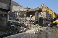 MEHMET EKİNCİ - Eyyübiye Belediyesi Mahalleye Park İçin 5 Evi İstimlak Etti