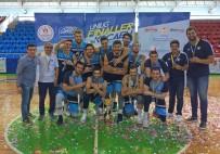 YAŞAR ÜNIVERSITESI - İzmir'e Şampiyonluk Kupası Getirdiler